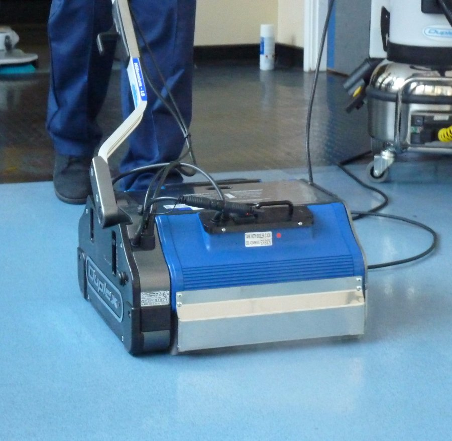 13 Inch Bis Carpet Scrubber Floor Buffer