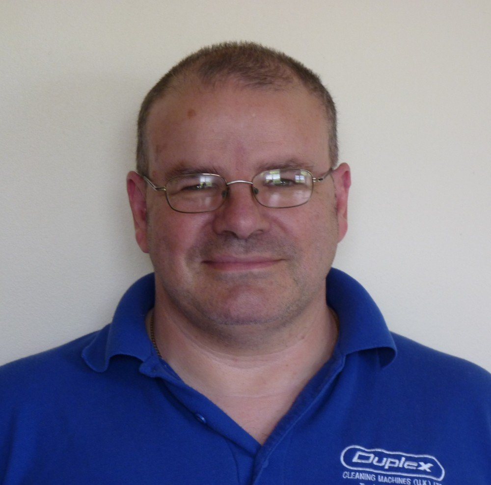 Dameon Hoddinott : Senior Service Engineer